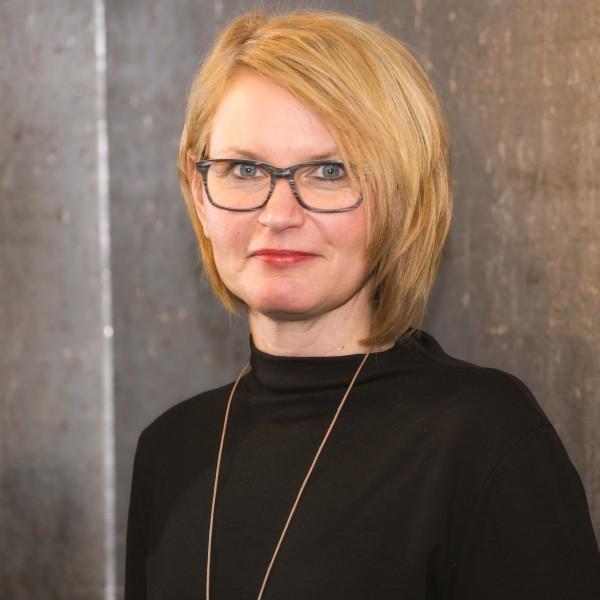 Silvia Teß